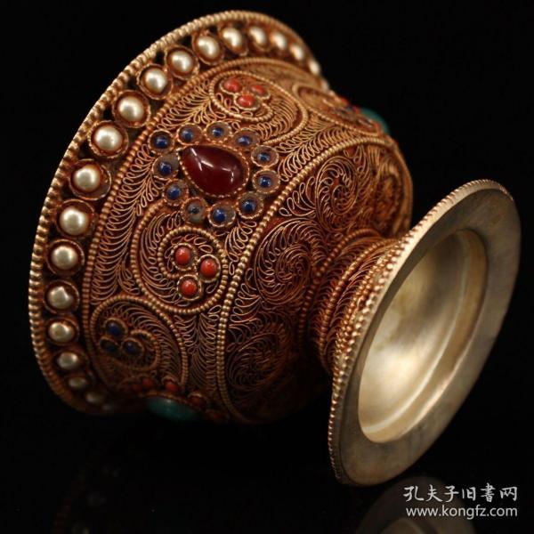 清代西藏地区   纯手工打造银胎掐丝  镶嵌宝石酥油碗一个,碗口直径10.5厘米,高约7厘米,重229克,1200包邮。