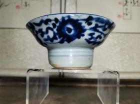 清代传世民俗瓷器青花缠枝莲纹高足碟盘残件