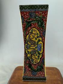 瓷器全部亏本处理当工艺品卖B1081.