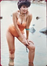 美 女泳装照片