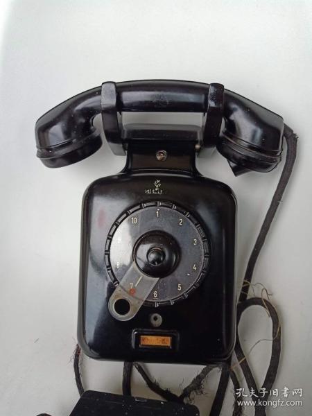 1940年左右德国原产西门子拨片壁挂式电话机