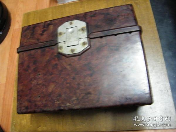 0743型携带式电话机胶木盒一个