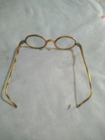 民国老眼镜。直径4.5厘米。