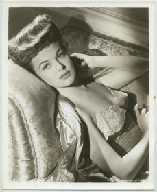 1940年代美国好莱坞巨星,漂亮女明星玛格丽特 查普曼,肖像银盐照片一张