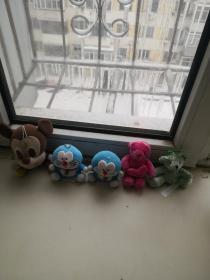 毛绒玩具五个