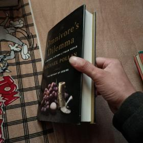 The Omnivore's Dilemma:A Natural History of Four Meals