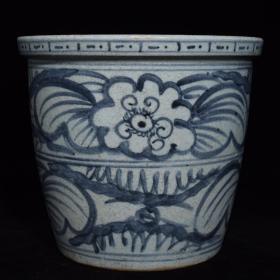 元青花花卉纹缸
