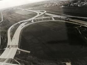 中国第一条!沈大高速公路1990年8月20日首次全线通车的照片