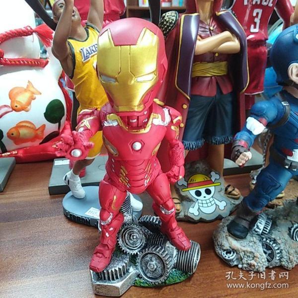 樹脂擺件:蟻人與雷神,鋼鐵俠與死侍,滅霸與美隊