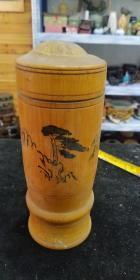 老物件,民俗收藏,80年代左右竹子茶叶桶。