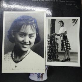 早期大幅美女照片二张