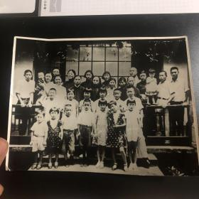 民国时期南方地区全家福老照片(买家自鉴,售出不退)