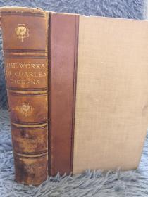 1912年 THE POSTHUMOUS PAPERS OF THE PICKWICK CLUB   首页彩图  正文精美黑白整页插图   1/4真皮装帧  CHARLES DICKENS 21X14.5CM