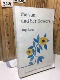 The Sun and Her Flowers : Rupi Kaur
