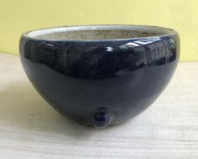 收到瓷香炉一个、瓷器、霁蓝釉