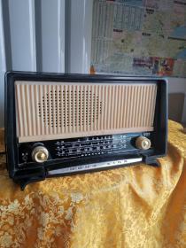 红星电子管收音机