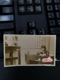 民国书房里的美女照片(研究民国文人生活的难得史料)