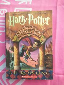 哈利波特英文版。Harry Potter and the Sorcerers Stone