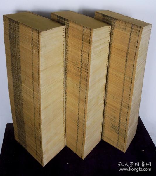 """罕见大全套】清代学海堂精刻本【阮元十三经注疏校勘记】196册全套,刊刻精湛。三朝阁老、九省疆臣,一代文宗阮元校勘的十三经注疏,每种后附释文。中国拥有难以数计的古代典籍。但不可否认的是,""""十三经""""是研究中国传统文化的基本资料库,是传世文献的始祖,是儒家思想文化的源头、主干。一字不缺,全套佳本,品相上佳"""