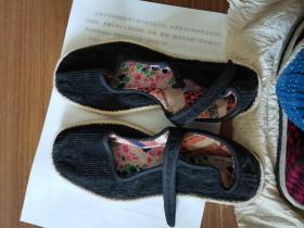 全新六七十年代纯手工纳制漂亮纹路千层底黑条绒闺女装箱陪嫁布鞋