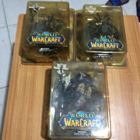 魔獸世界 手辦 正版, 稀有牛頭人戰士,巨魔薩滿,亡靈術士 ,都帶盒子,手感比較好(三個合售)