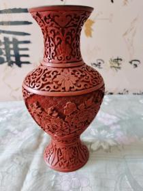 雕漆瓶 -