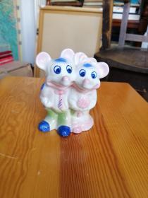 陶瓷摆件:米老鼠