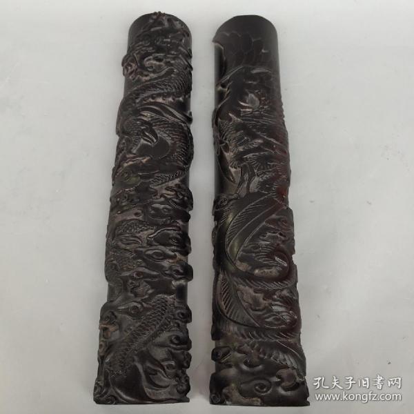 黑檀木《龙凤呈祥》书房镇尺一对。 长29.5厘米  宽5.5厘米 重950克。