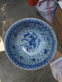 梅子青釉龙纹鹤纹碗