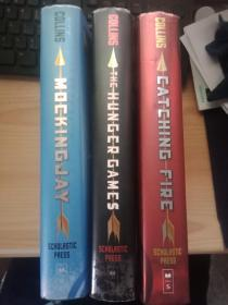 The Hunger Games、Mockingjay 、Catching Fire by Suzanne Collins 饥饿游戏 全三册 英文原版  精装