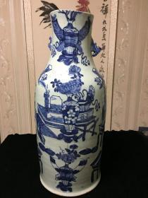 老瓷器,豆青青花瓶子一件,有残详细看图,大摆件。