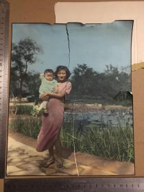民国或五十年代撕毁大照片7张