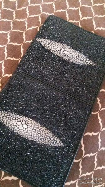 黑色长款钱包