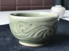 宋代瓷器-南宋耀州窑青釉划花酒杯