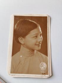 民国美女明星袁美云(1)