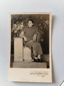 民国旗袍美女照(2)