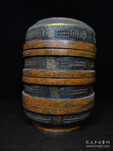 精工木器。   食盒。  规格:高约:28厘米 宽约:18厘米 特价:1300