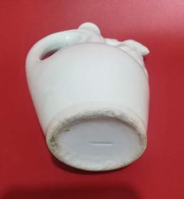 陶瓷酒瓶:鸡嘴壶