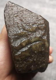 3835 和田玉 黑油皮 白玉戈壁料 籽料  摆件 约750克