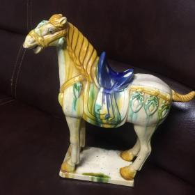 洛阳美术陶艺厂制马摆件