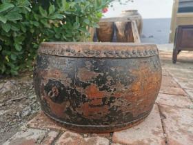 清代老鼓,牛皮+榆木,声音洪亮,正常使用。35*35*21