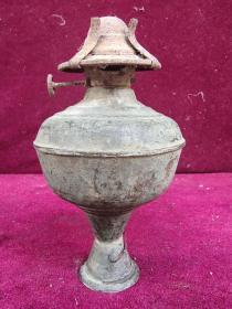 老铜煤油灯