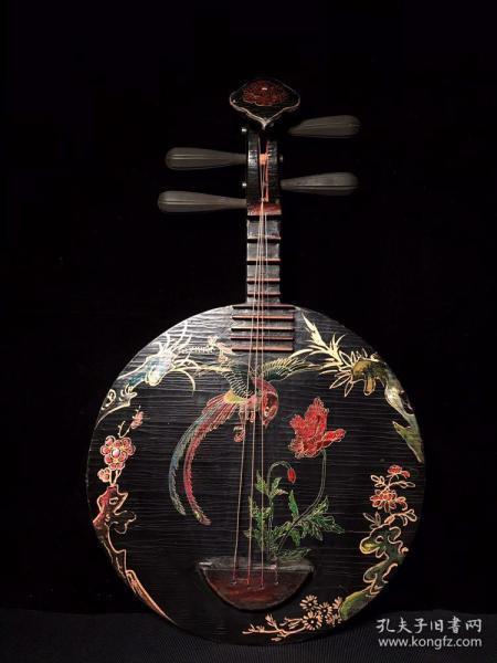 漆器实木乐器宽37厘米 高63.5厘米.