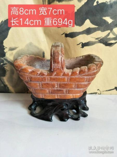 村里收来的、红山石篮子摆件、包浆均匀、造型独特、工艺精湛、品相完整