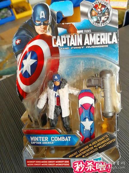 Captain America 美国队长——第一复仇者  1:18(挂卡原盒), WINTER COMBAT 史蒂夫-罗杰斯 ★ 美国上尉【雪地版】3.75寸可动人偶 玩具公仔 @乔·西蒙,杰克·柯尔比 / 漫威漫画, 企划·制作:MARVEL,発壳:HASBRO(孩之宝公司)