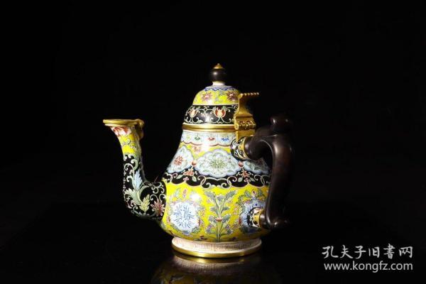 清雍正,铜胎绘珐琅黄地花卉纹茶壶