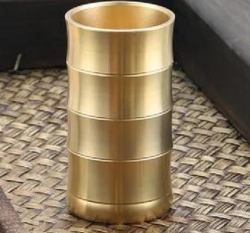 厚重铜器笔筒高9厘米直径5厘米