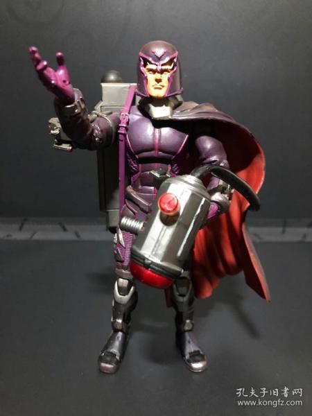 Magneto 万磁王—— 1:12(经典款),X战警  磁力王——马克思·艾森哈特[Max Eisenhardt]★ 【marvel select X-Men 磁力王】 6英寸 可动人偶 玩具公仔  @漫威漫画, 企划·制作:MARVEL,発壳:Toy Biz