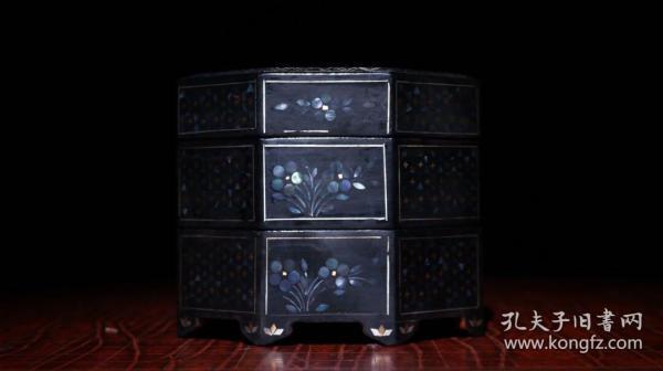 螺钿漆器三层盒 高10cm   宽11.5cm 重178克