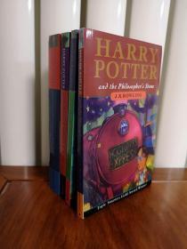 哈利波特英文版1234册,Harry Potter 英文版,罗琳,因放置在地下室导致图书受潮,现在是受潮后自然干燥的状态,瑕疵如图,介意勿拍,包邮